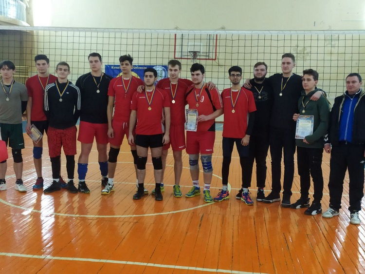 Students of the School of Medicine are the winners of volleyball competitions