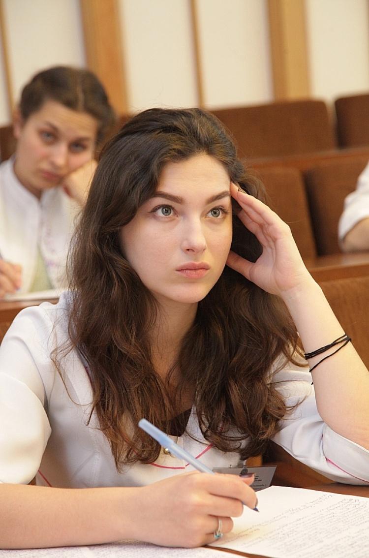 Студенти медичного факультету – учасники Всеукраїнської студентської олімпіади з «Мікробіології, вірусології та імунології»