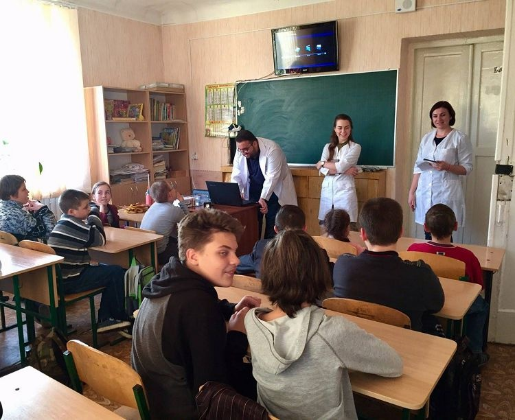 Students of the School of Medicine - organizers of the lectures for children of boarding school № 55 (Kharkiv)