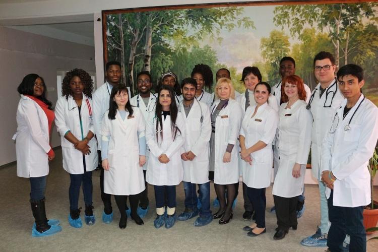 Фотозвіт про роботу студентського наукового гуртка кафедри педіатрії
