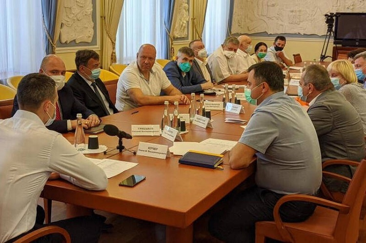 The President of the university and the dean of the School of Medicine took part in a working meeting with the governor of Kharkiv region