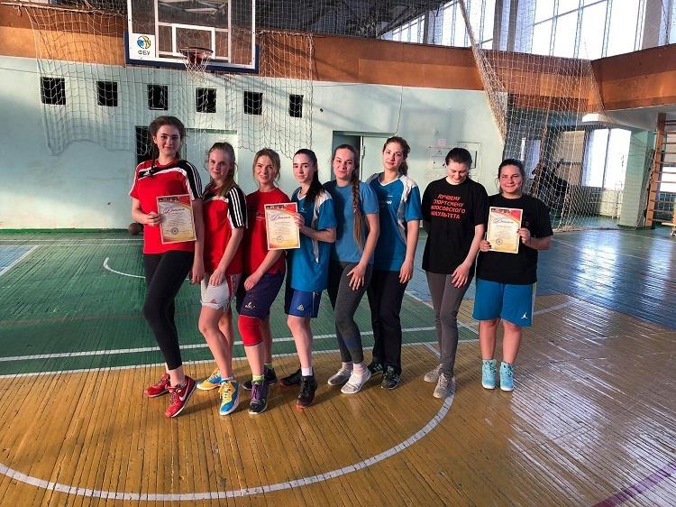 Студентки медичного факультету – переможці у змаганнях з баскетболу (3 х 3) у рамках 68-ї Спартакіади Каразінського університету