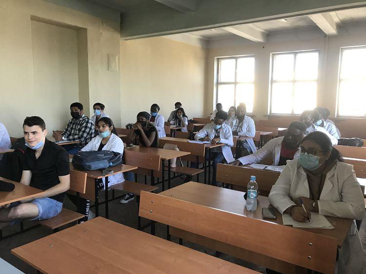 На кафедрі нормальної анатомії і фізіології людини проведено студентський науковий семінар